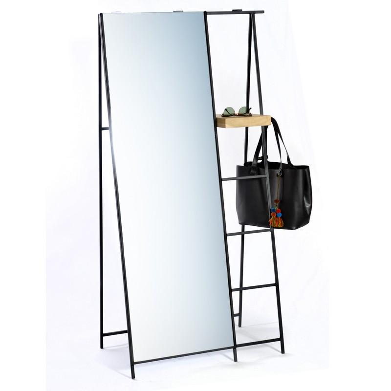 espejo de piso con estructura metalica en forma de caballete 1